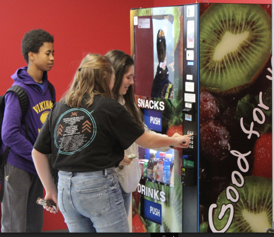 Fast and Frequent: Freshman Mikayla Barnett, welcomes new vending option.