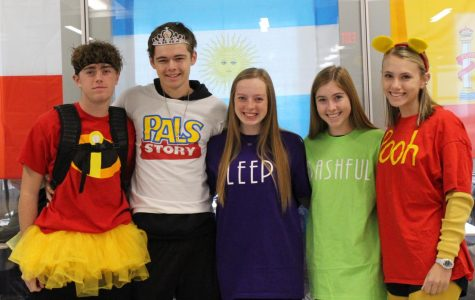 Red Ribbon Week: Students celebrate through costume