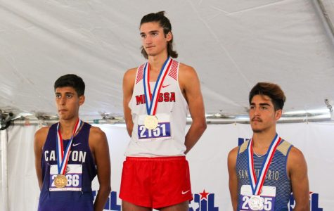 Four compete at state, junior sets new course record