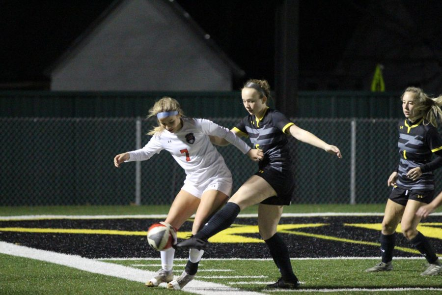 Lady Cards' soccer looks to return to state
