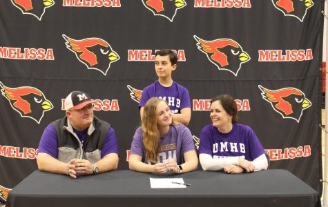 Waters signs to play soccer for UMHB