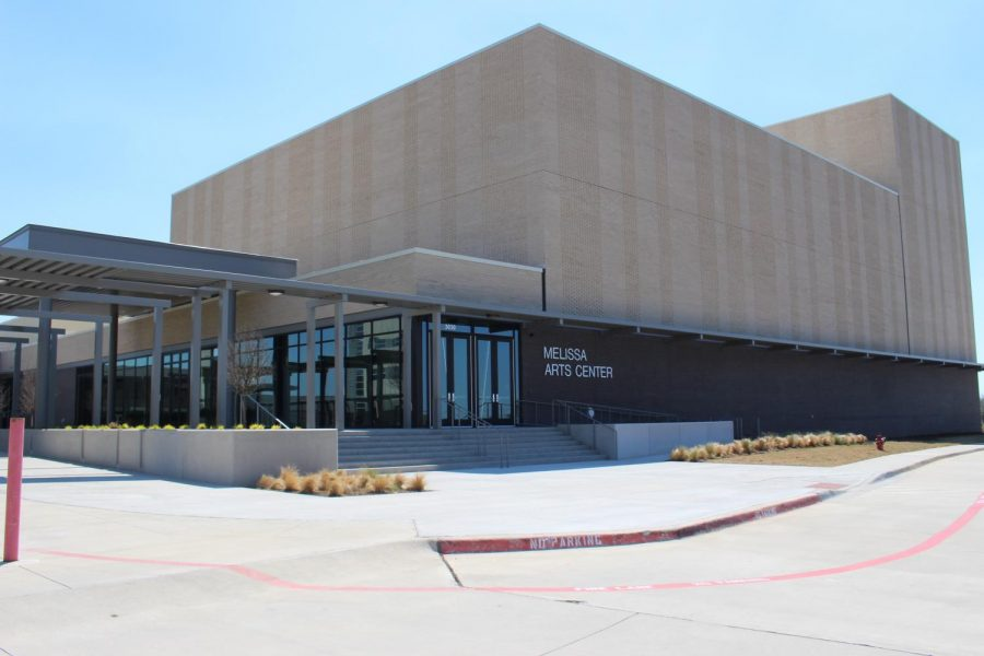 New fine arts facility opens, welcomes students