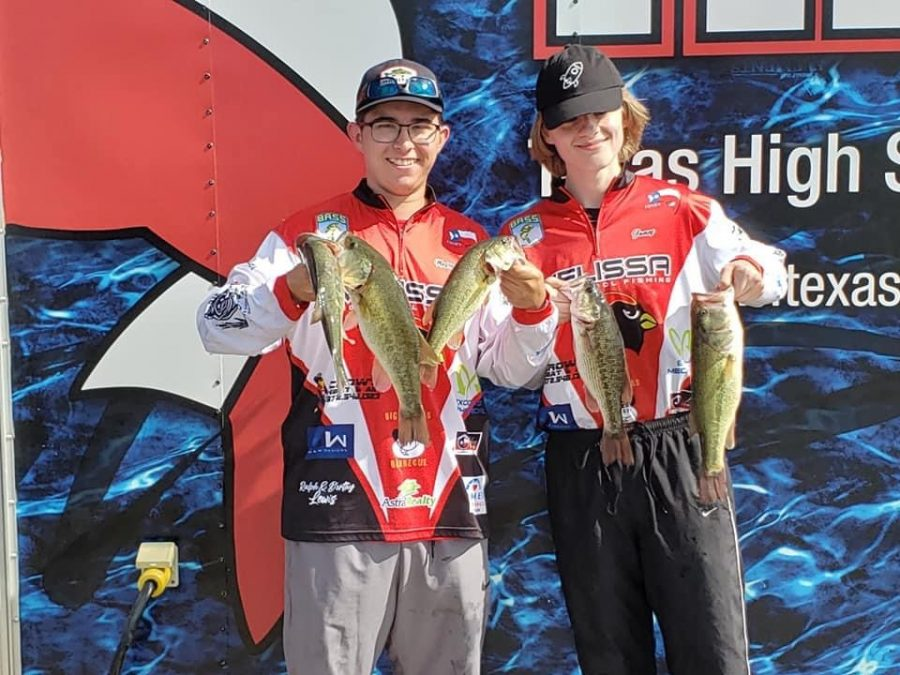Bass fishing team snags 2nd in overall weight in season opener